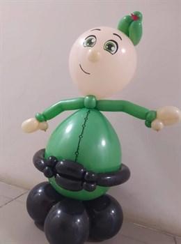 Веселый солдатик из воздушных шариков - фото 44779