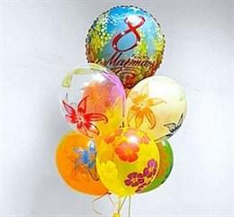 Фонтан из 7 шариков на 8 марта
